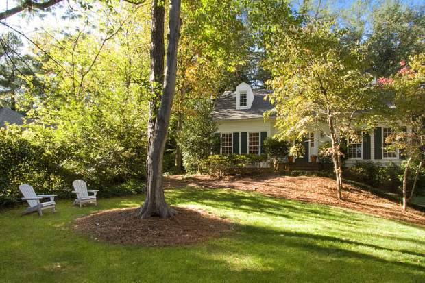Vinings home for sale at 3225 Laramie Drive, Atlanta. Offered at $549,000 and listed by Tina Hunsicker of Atlanta Fine Homes Sotheby's International Realty. Click on the image for more photos and information.