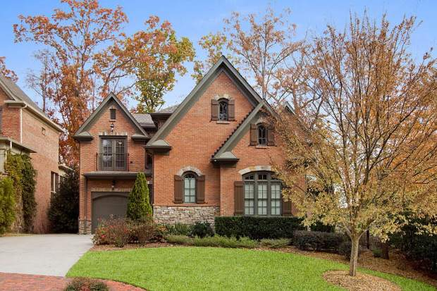 Rivers Call in Atlanta zip code 30339.  1655 High Trail is offered at $825,000 and is listed by Tina Hunsicker of Atlanta Fine Homes Sotheby's International Realty. Click on the image for more photos and information.
