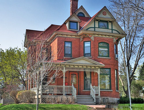 Victorian homes are charming, but almost no one builds them like this anymore. Why They Are Not Appealing: While it's hard not to love their colorful eccentricities, Victorians are challenging to rehabilitate or maintain. Their warrens of small rooms aren't conducive to 21st century lifestyles. Photo: TBoard