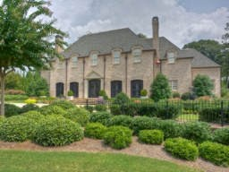 I represented the buyers in the sale of this Buckhead home in the past year - listed at over $1M, home sales like this are indicators of the higher tier market in Buckhead making a comeback.