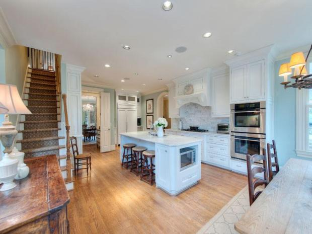 French_country_home_Atlanta_Sothebys_Brandy_station_kitchen