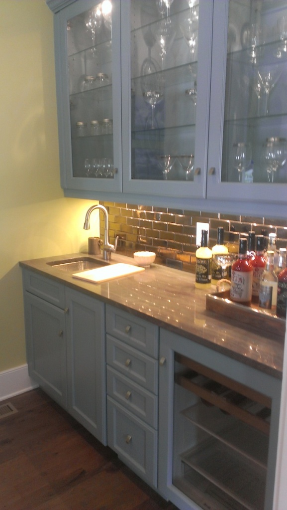 Wet bar, not sure my colors are showing up well, but this blue grey cabinetry was beautiful.