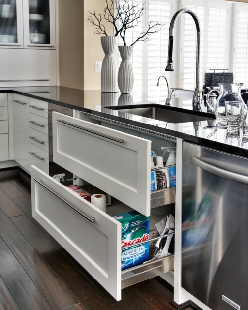 Sink-Drawers-Much-More-useful-than-Sink-Cupboards.